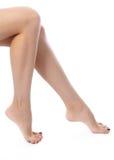 Pattes femelles après dépilage Soins de santé, soins du pied, traitement de rutine Station thermale et epilation E Photos stock
