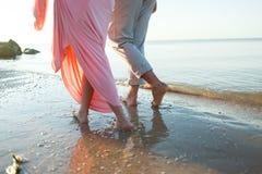 Pattes sur la plage Station thermale de pied Image libre de droits