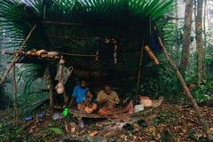 PATTHALUNG, THAILAND - 13 DEC, 2015: Negrito van Thailand Zij zijn een saa-gaistam die vreedzaam in dicht en impe leven Royalty-vrije Stock Foto