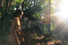 PATTHALUNG, THAILAND - 13 DEC, 2015: Negrito van Thailand Zij zijn een saa-gaistam die vreedzaam in dicht en impe leven Royalty-vrije Stock Fotografie