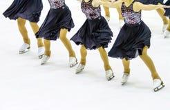 Pattinaggio su ghiaccio su ghiaccio Fotografia Stock