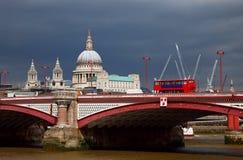 paul blackfriar bridżowy katedralny st s obraz royalty free