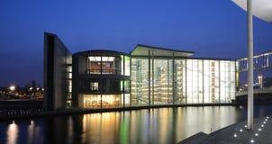Paul-Löbe-Haus Berlin, Tyskland Fotografering för Bildbyråer