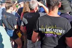 Paul McCartney opuszcza hotel w Quebec, Kanada obrazy royalty free