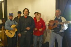 Paul Milanes backup band performing after his death in Cuba Stock Photo