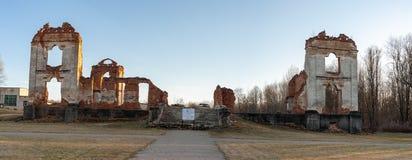 Paulavos-Republik in Litauen Alte Ziegelstein-Ruinen Besichtigungsgegenstand in Litauen Lizenzfreies Stockfoto