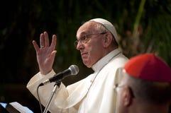 Paus Francis tijdens toespraak Stock Afbeeldingen