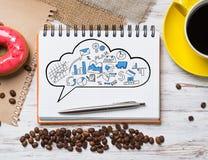 Pausa caffè con lo spuntino Fotografia Stock