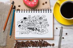 Pausa caffè con lo spuntino Fotografie Stock Libere da Diritti
