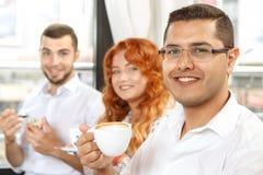 Pausa caffè dei colleghi di affari Fotografia Stock Libera da Diritti