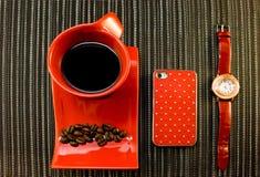 Pausa caffè nei colori rossi Immagine Stock