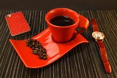 Pausa caffè nei colori rossi Immagini Stock