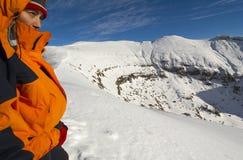 Pausas del escalador de montaña Foto de archivo libre de regalías