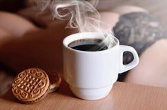 Pause-café érotique images stock