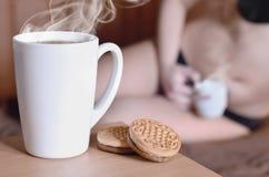 Pause-café érotique photographie stock libre de droits