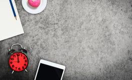 Pause-café avec l'espace vide de recopie d'écran de comprimé Photos libres de droits