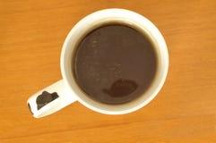 Pause café dans le bureau image stock