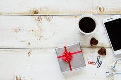 Pause-café dans le bureau photographie stock libre de droits