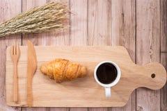 Pause-café de femme d'amant de santé image stock