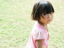 Pauvres enfants heureux Photographie stock libre de droits