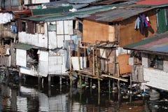Pauvreté - maisons de squatter à Philippines photos stock
