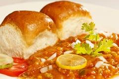 Pav Bhaji - casse-croûte indien fait de légumes écrasés images libres de droits