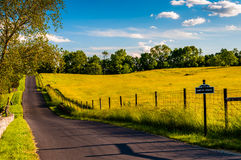 Paved road through fields and hills at Antietam National Battlef Stock Photos