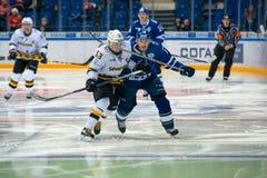 Pavel Chernov 53 sul gioco di hockey Fotografie Stock