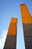 Pavia: as torres medievais no por do sol Imagem da cor Foto de Stock