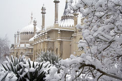 Pavilhão de Brigghton na neve Fotos de Stock Royalty Free