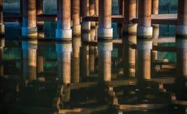 Pavilhão de Ukimido e as reflexões no lago, Nara, Japão imagem de stock royalty free