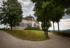 Pavilhão do jardim do século XVIII no parque da abadia de Melk Melk, Baixa Áustria fotos de stock