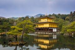 Pavilhão dourado Fotos de Stock Royalty Free