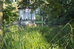 Pavilhão em um parque Fotos de Stock