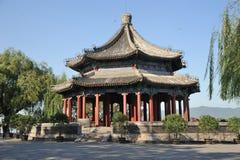 Pavilhão espaçoso (Kuoru Ting) no palácio de verão Imagens de Stock