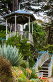 Pavilhão no jardim Foto de Stock Royalty Free