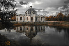 Pavilhão do Grotto em Kuskovo Imagens de Stock