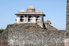 Pavilion at Jahaz Mahal Royalty Free Stock Photography