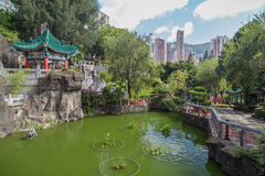 Pavilion and pond at the Wong Tai Sin Temple in Hong Kong Stock Photo