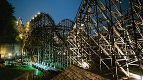 Paviljoen bij Geheime Tuin bij Changdeokgung-Paleis, SeoulWooden-achtbaan bij nacht Royalty-vrije Stock Foto