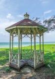Paviljoen bij het strand Royalty-vrije Stock Foto's