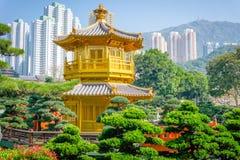 Paviljong av absolut perfektion Lotus Pond Royaltyfria Bilder