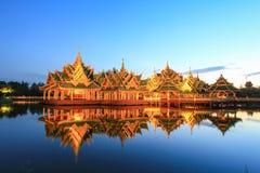 Paviljong av det upplyst i forntida Siam, Samutparkan, Thailand Royaltyfri Fotografi