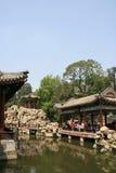 Paviljong - Beihai parkera - Peking - Kina Arkivbilder
