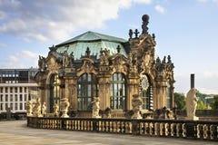 Paviljong i den Zwinger slotten i Dresden germany Royaltyfri Bild