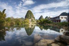 Paviljong i Jingxi, Guangxi, Kina Arkivfoton