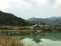 Paviljong på laken Royaltyfri Foto