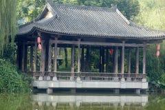 Paviljong på vatten Fotografering för Bildbyråer