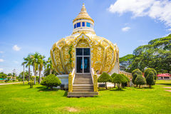 Paviljong pengar) (slagträBo för helig fader Wat Yang Khoi Kluea på Phichit Thailand arkivfoto