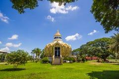 Paviljong pengar) (slagträBo för helig fader Wat Yang Khoi Kluea på Phichit Thailand royaltyfria foton